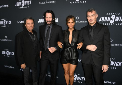"HOLLYWOOD, CALIFORNIA - MAY 15: (L-R) Ian McShane, Keanu Reeves, Halle Berry and Chad Stahelski attend the special screening of Lionsgate's ""John Wick: Chapter 3 - Parabellum"" at TCL Chinese Theatre on May 15, 2019 in Hollywood, California. (Photo by Kevin Winter/Getty Images)"