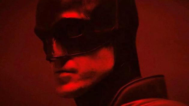 The-Batman_Camera-Test_Bat-Suits_2C