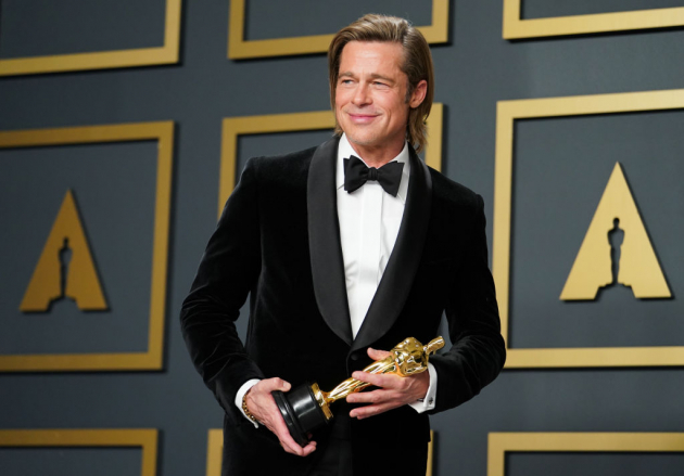 "HOLLYWOOD, CALIFORNIA - FEBRUARY 09: Brad Pitt, winner of Best Actor in a Supporting Role for ""Once Upon a Time...in Hollywood"", poses in the press room during 92nd Annual Academy Awards at Hollywood and Highland on February 09, 2020 in Hollywood, California. (Photo by Rachel Luna/Getty Images)"